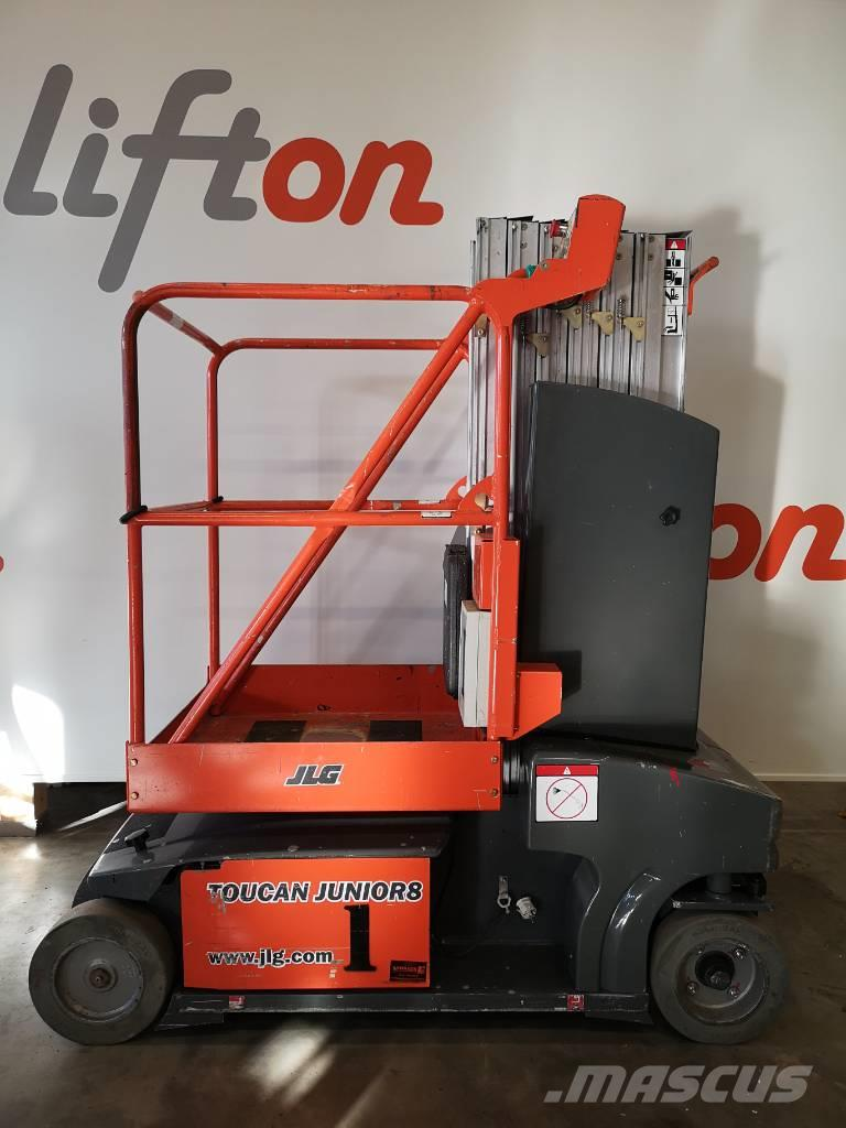 JLG Toucan Junior 8