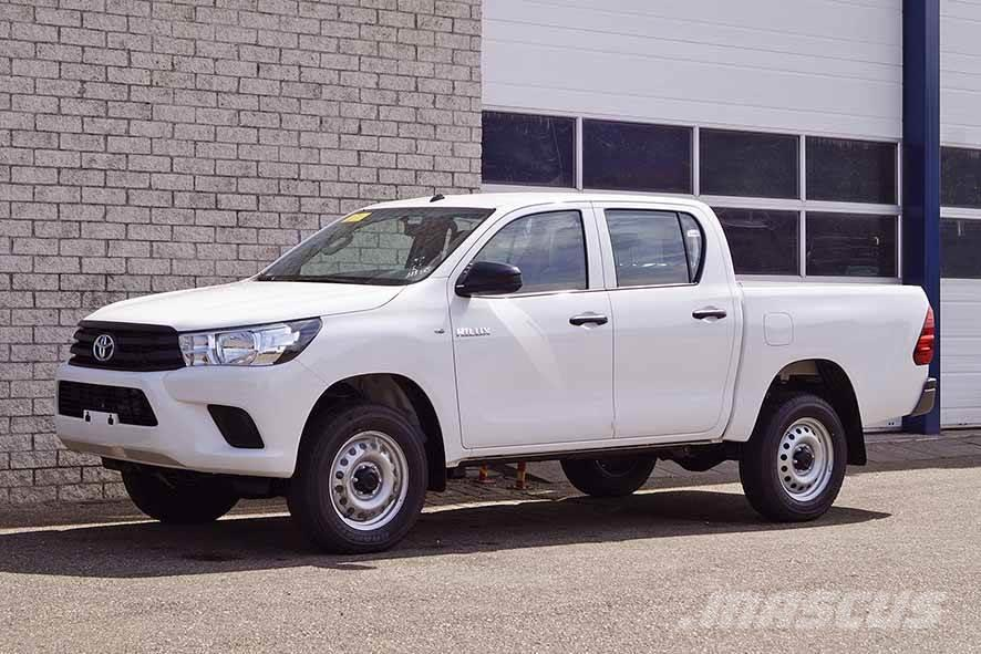 Toyota Hilux PUDC 2.4 (2 units)