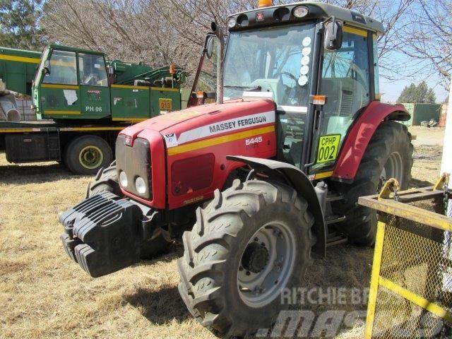 Massey Ferguson 5445 Dyna-4 Tractor