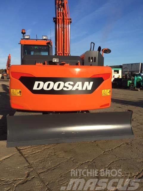 Doosan DX 140 LC-5, Uthyres