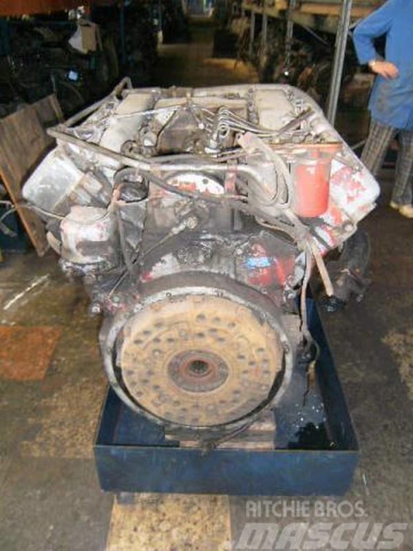 MAN D 2858 MX - 8 Zyl. V-Motor - 304 PS D2858MX, 1973, Motorer