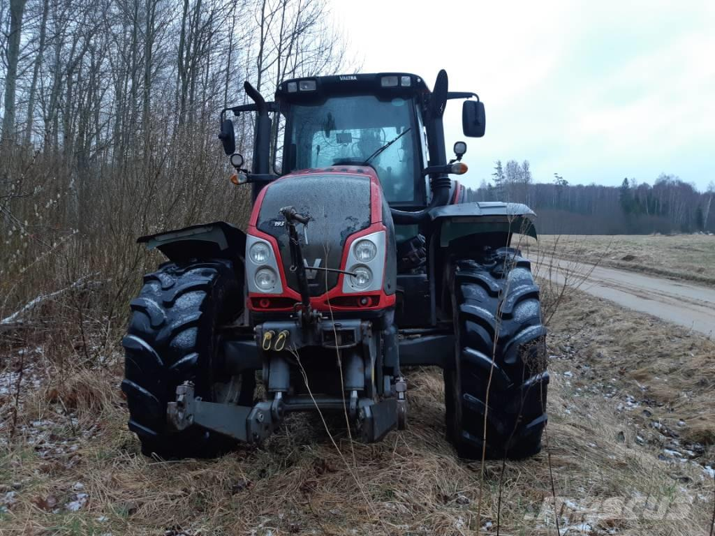 [Other] Traktor Valtra T193