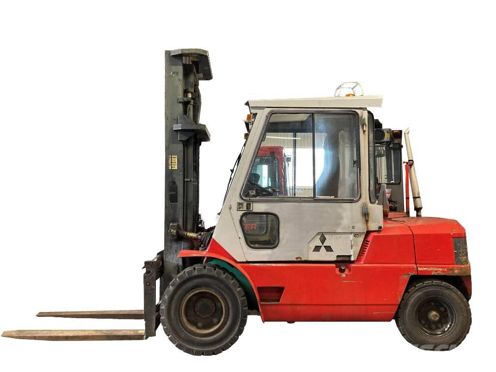 Mitsubishi 5-tons dieselmotvikt m 1400mm gafflar, FD50C