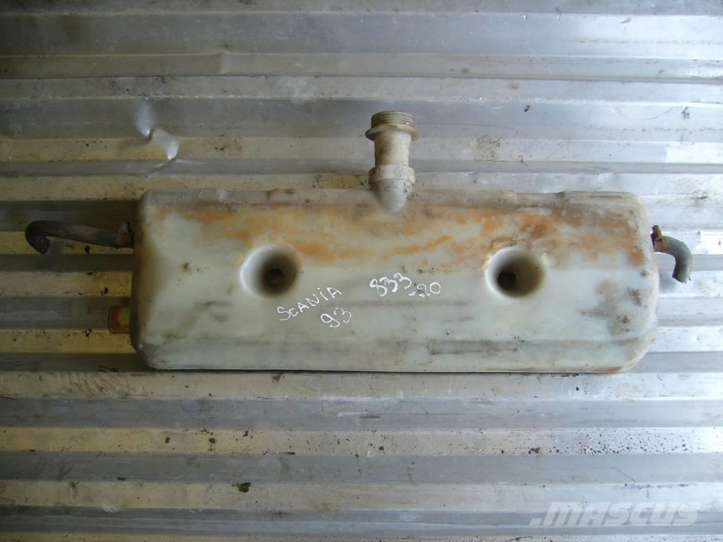 Scania 93 expansion tank