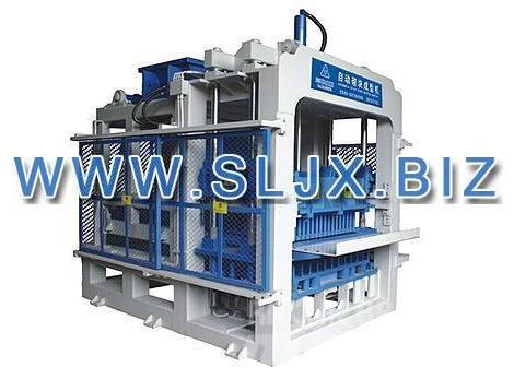 SanLian QFT6-15 Block Making Machine