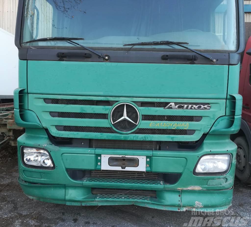 Mercedes-Benz 2548