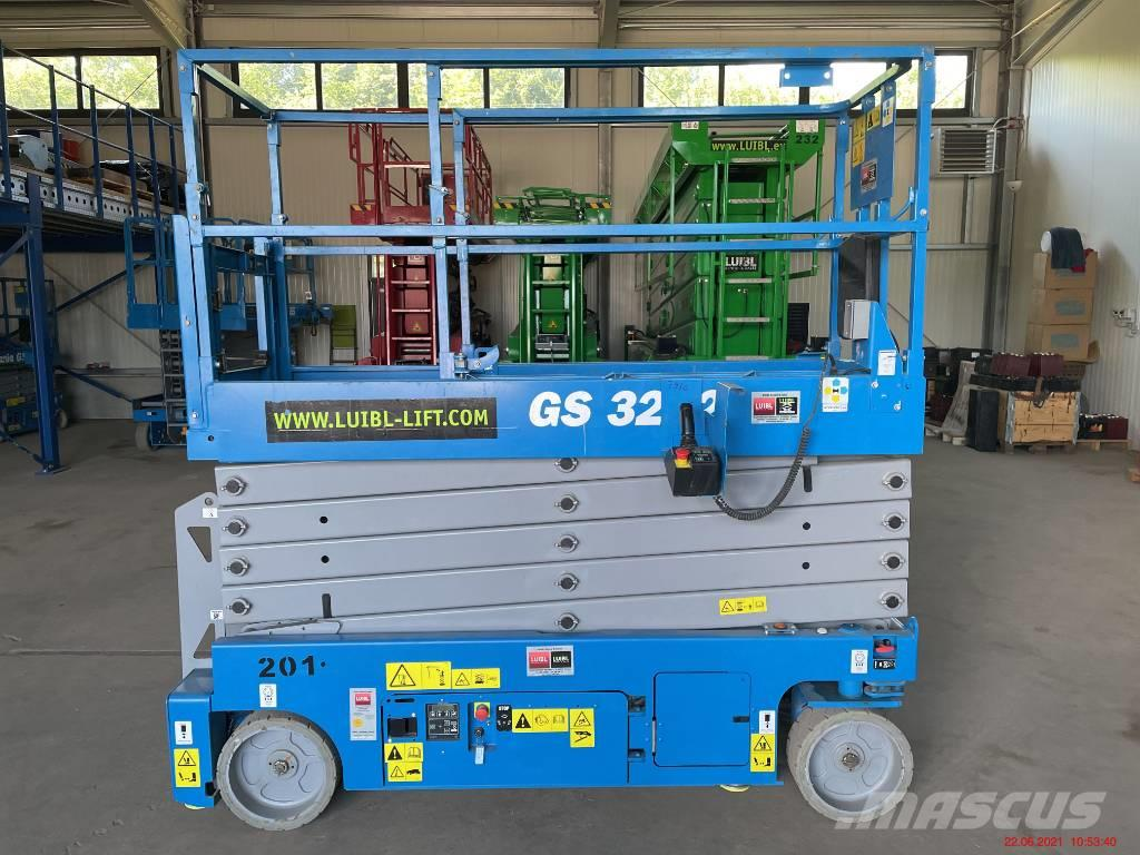 Genie GS 3232 / 94 operating hours