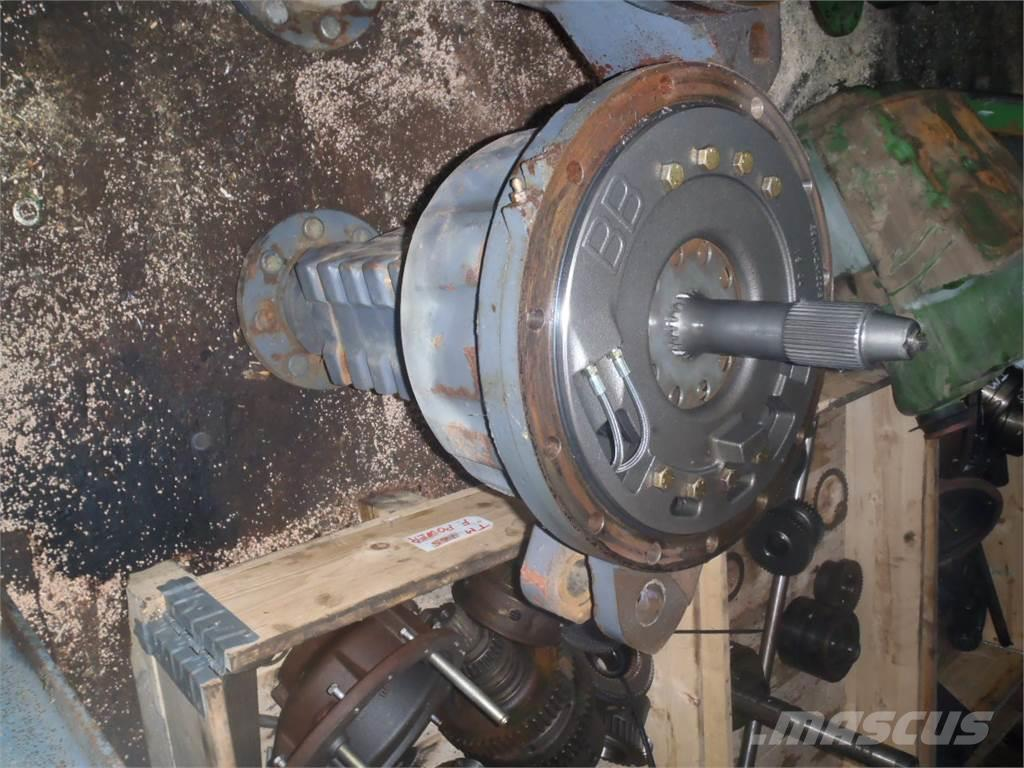 [Other] Rear axle New Holland 7840
