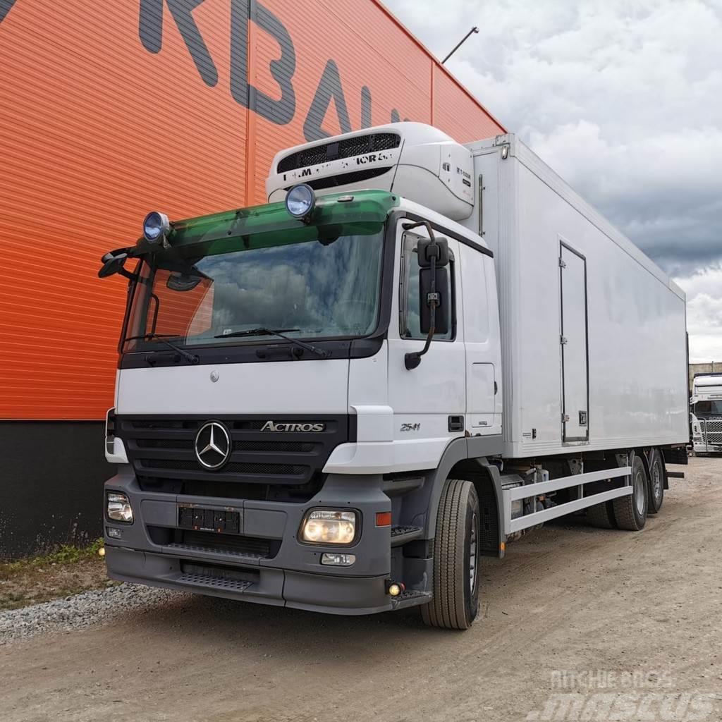 Mercedes-Benz Actros 2541 6x2