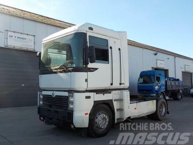 Renault 440 AE magnum