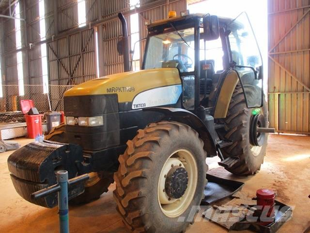 New Holland TM7030 Series, 4x4 Tractor
