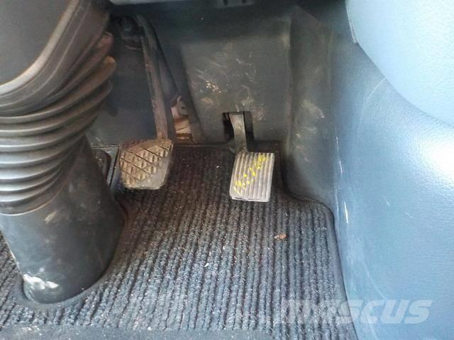Mercedes-Benz Actros MPII Acceletaror pedal 9413000104 696300700