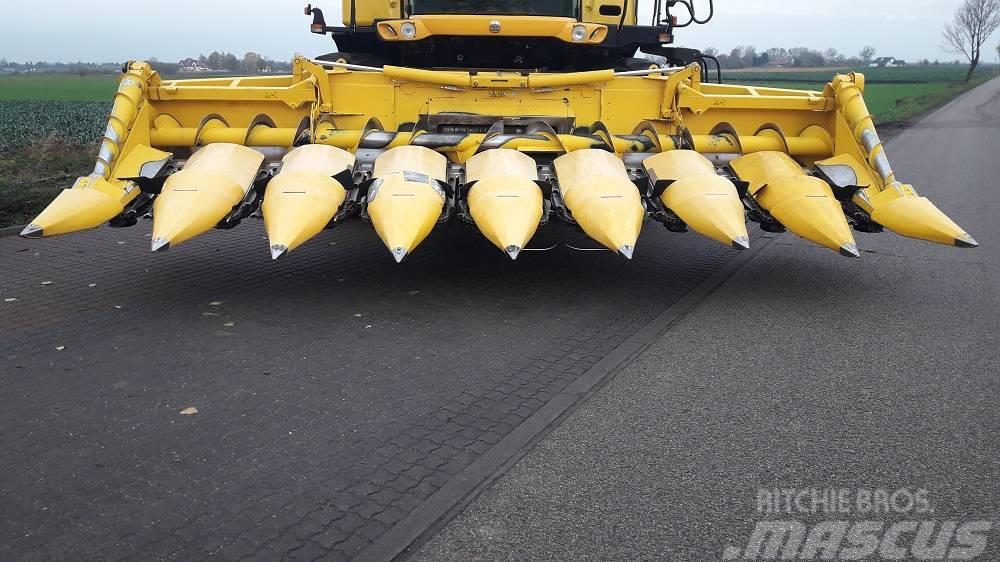 New Holland MF875W przystawka do kukurydzy