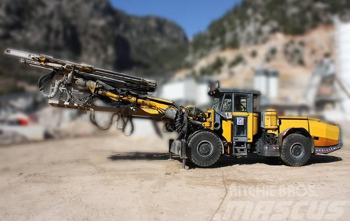 Atlas Copco L2C jumbo Drill