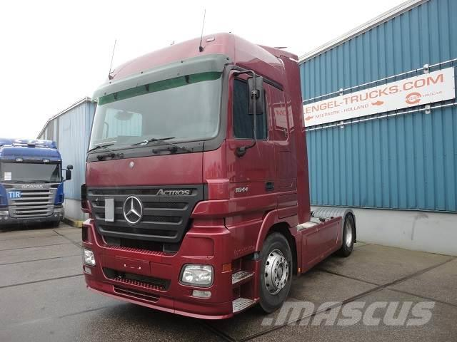 Mercedes-Benz ACTROS 1844LS MEGASPACE (EPS WITH CLUTCH / AIRCOND