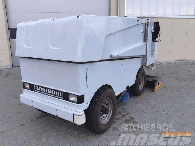Zamboni 552 Elektro, Kunsteismaschine, WM, Züko