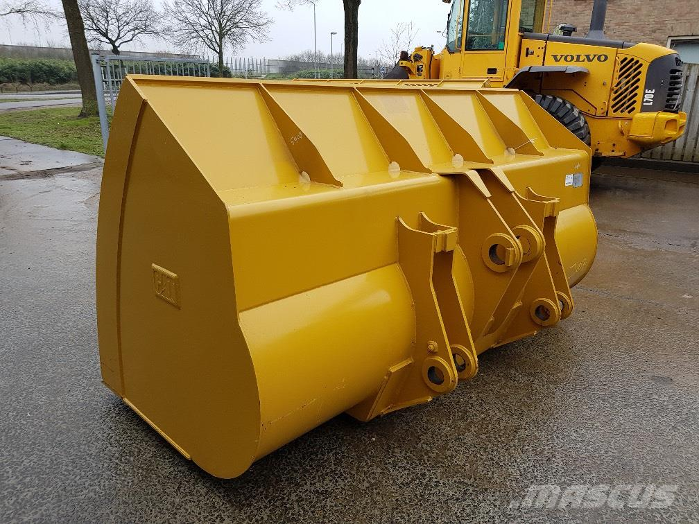 Caterpillar 938 Bucket