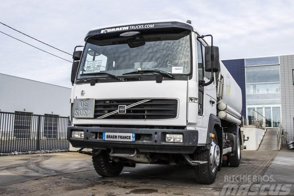 Volvo FL 615 + TANK 10.500 L (3 comp.)
