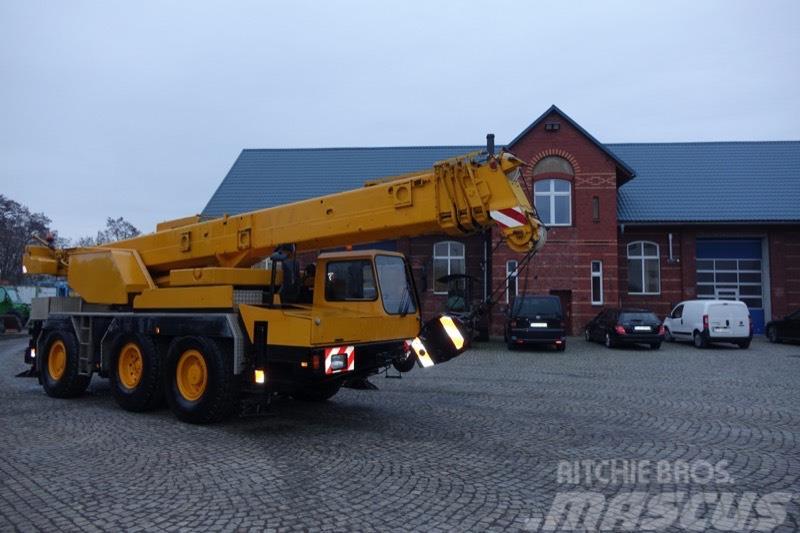 Liebherr LTM 1040