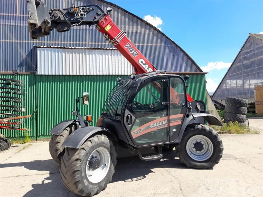 CASE 742 Farmlift