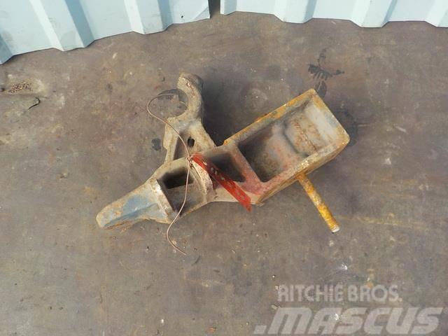 Mercedes-Benz Atego MPI Anti-roll bar bracket 9433234684