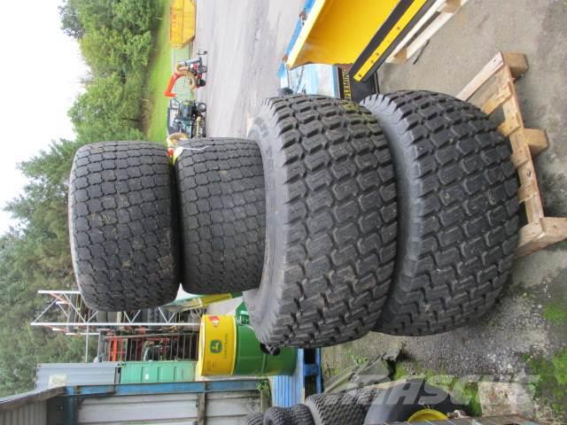 John Deere 4600 Wheels