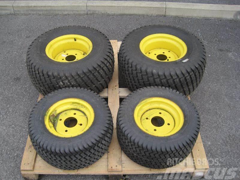 John Deere 1545 Wheels