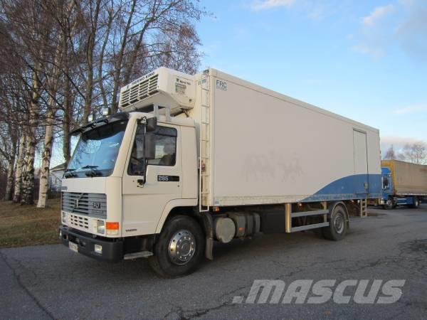 Volvo FL 7 4X2 5600