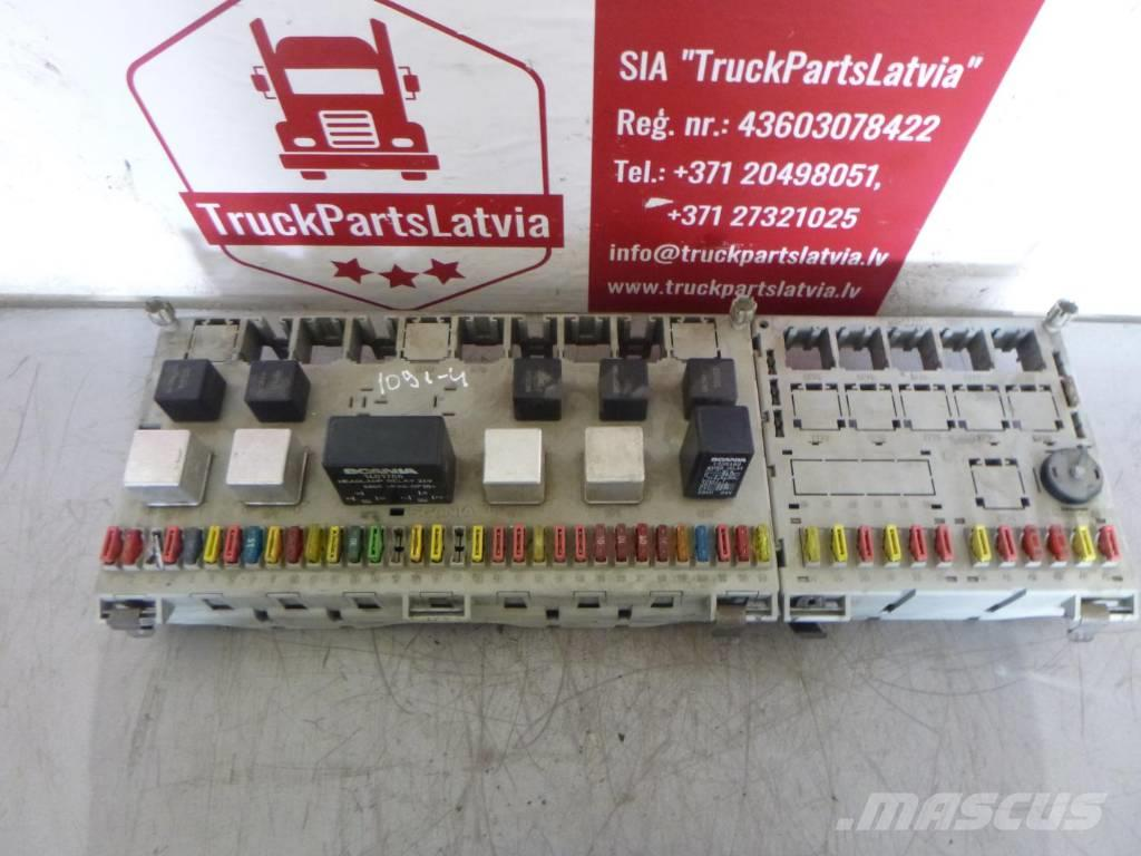 Scania R440, Fuse an relay panel  1398062