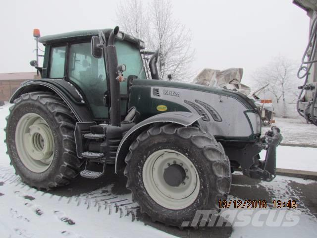 Valtra T193 HiTech ciągnik rolniczy