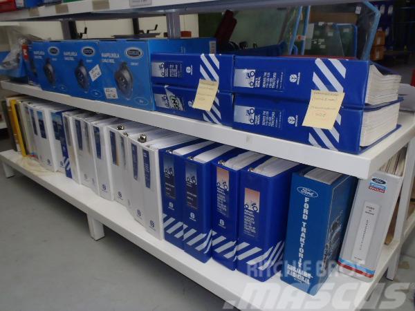 New Holland Käyttöohje- ja Korjaamokäsikirjoja