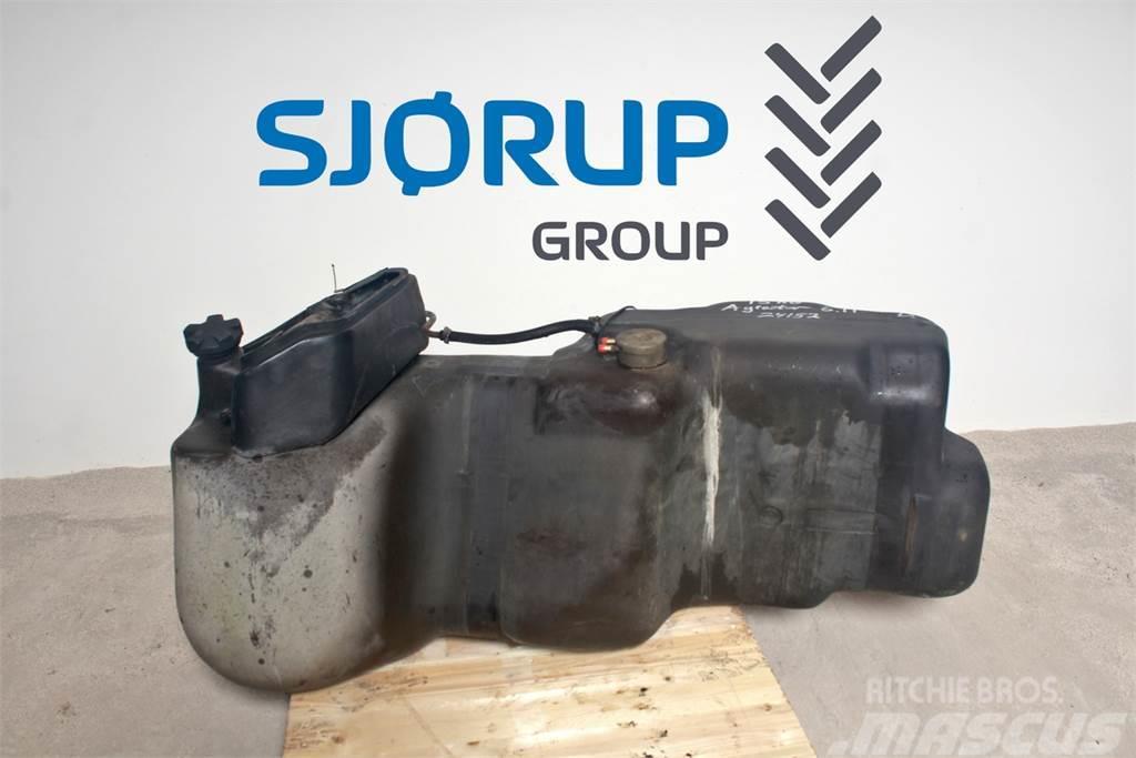 Deutz-Fahr Agrostar 6.11 Fuel tank