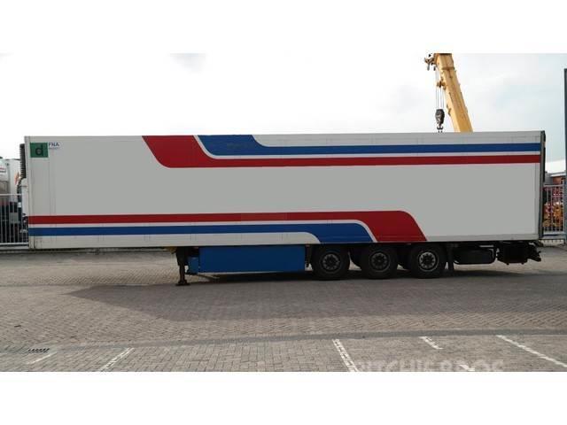 Schmitz Cargobull 3 AXLE FRIGO TRAILER