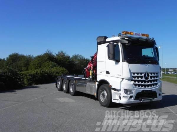 Mercedes-Benz Arocs 3251L Kran / Lastväxlare