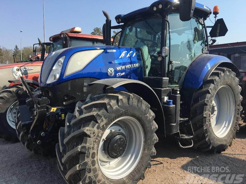 New Holland T7.225 AC, FLP demo