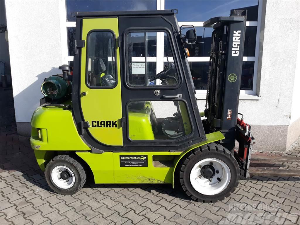 Clark CMP 30L
