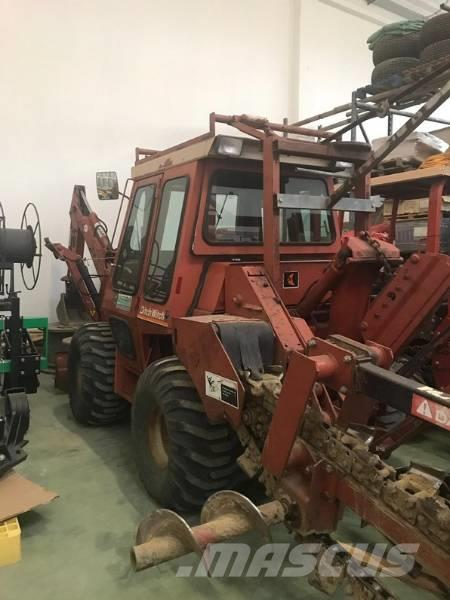 Ditch Witch Trencher Gommato Ditch Witch 6510 D