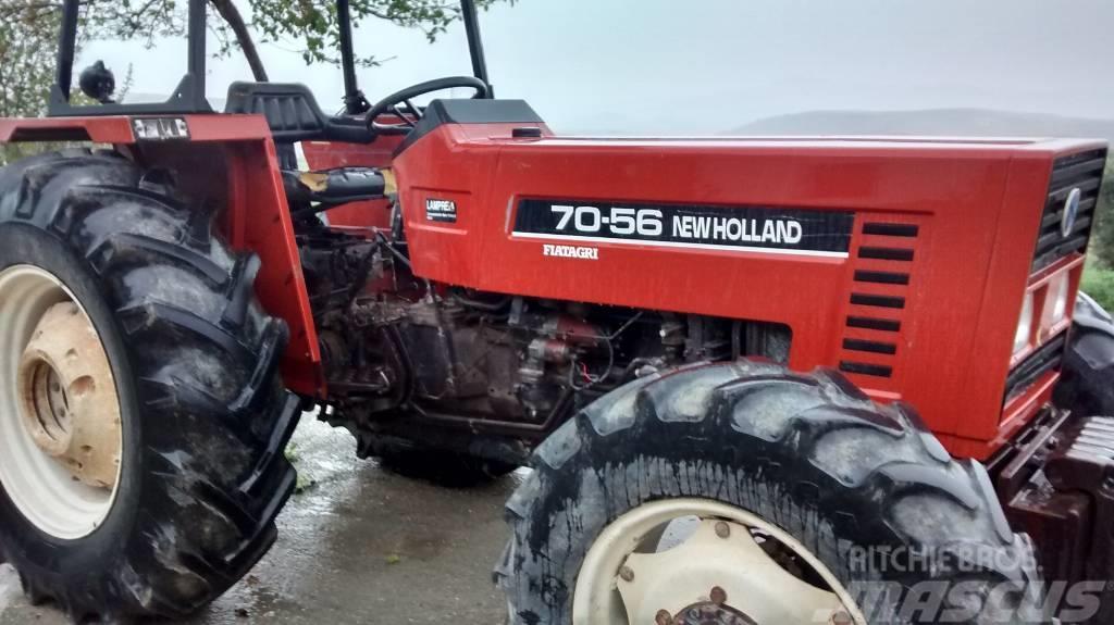 New Holland 7056