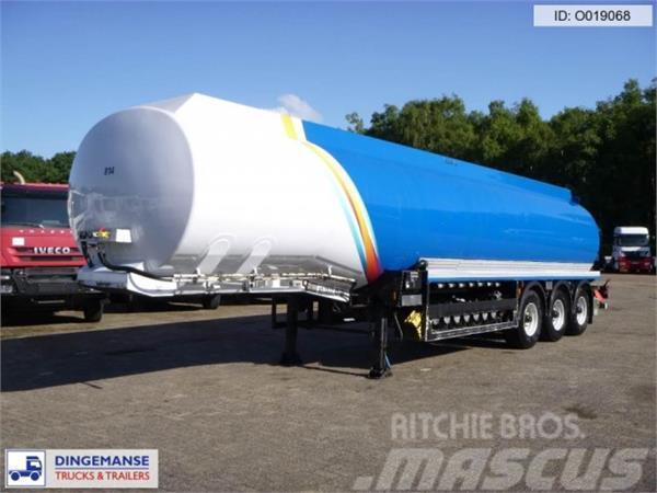 Cobo Fuel tank alu 42 m3 / 7 comp + pump/counter