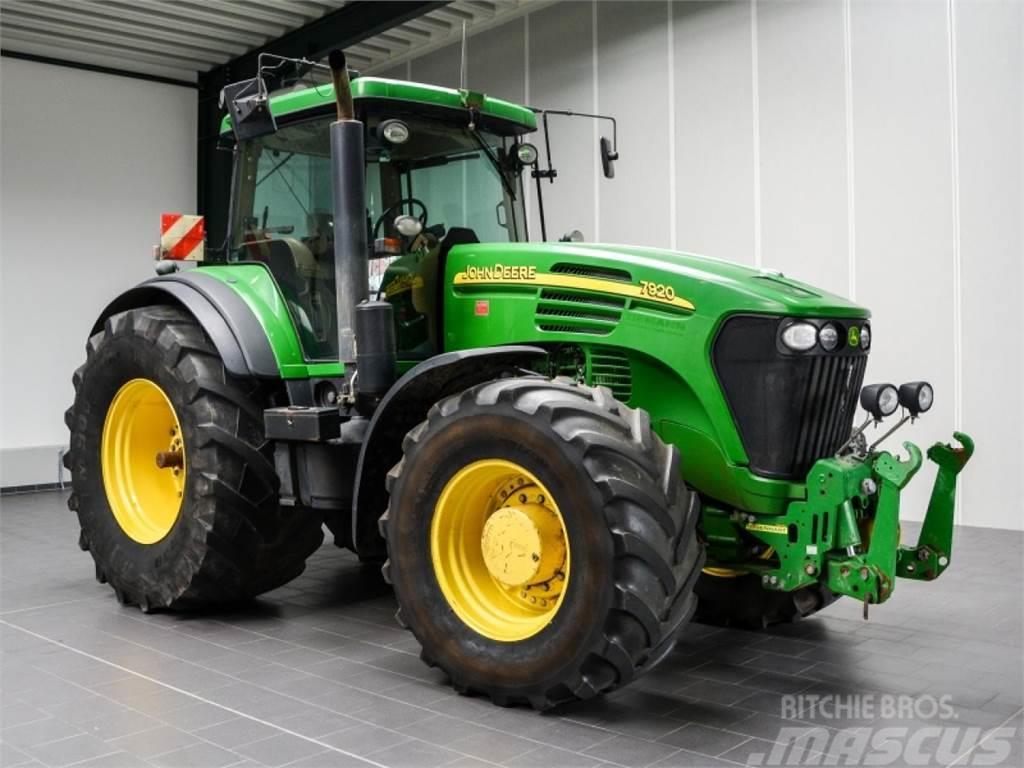 john deere 7920 gebrauchte traktoren gebraucht kaufen und verkaufen bei be701cda. Black Bedroom Furniture Sets. Home Design Ideas