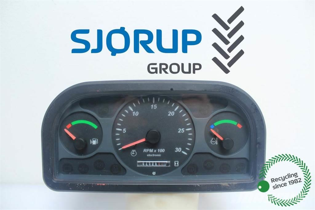 New Holland LM5080 Instrument Cluster