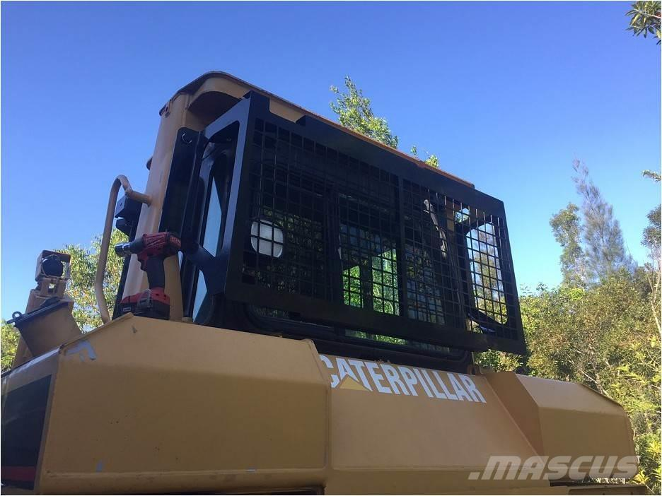 Bedrock Screens and Sweeps for CAT D6T D6R