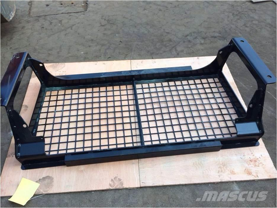 Bedrock Screens and Sweeps for CAT D7R