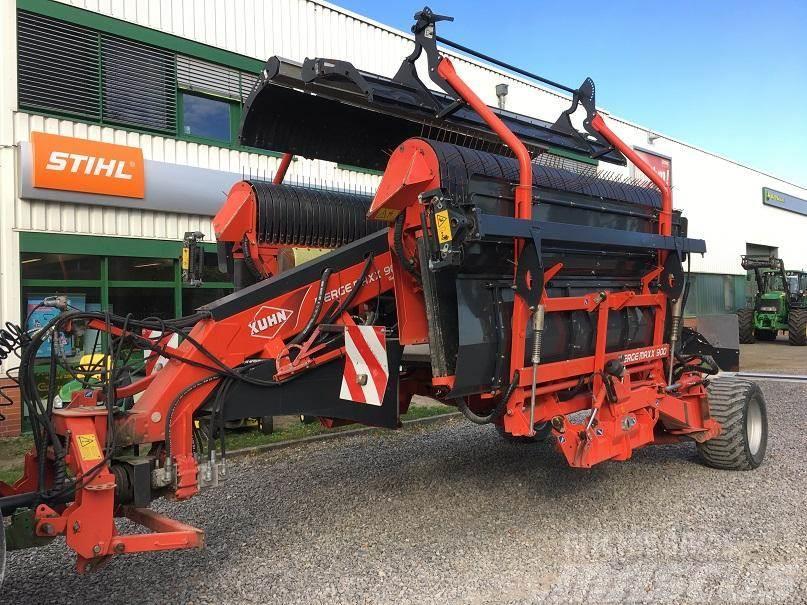 Kuhn Merge Maxx 900