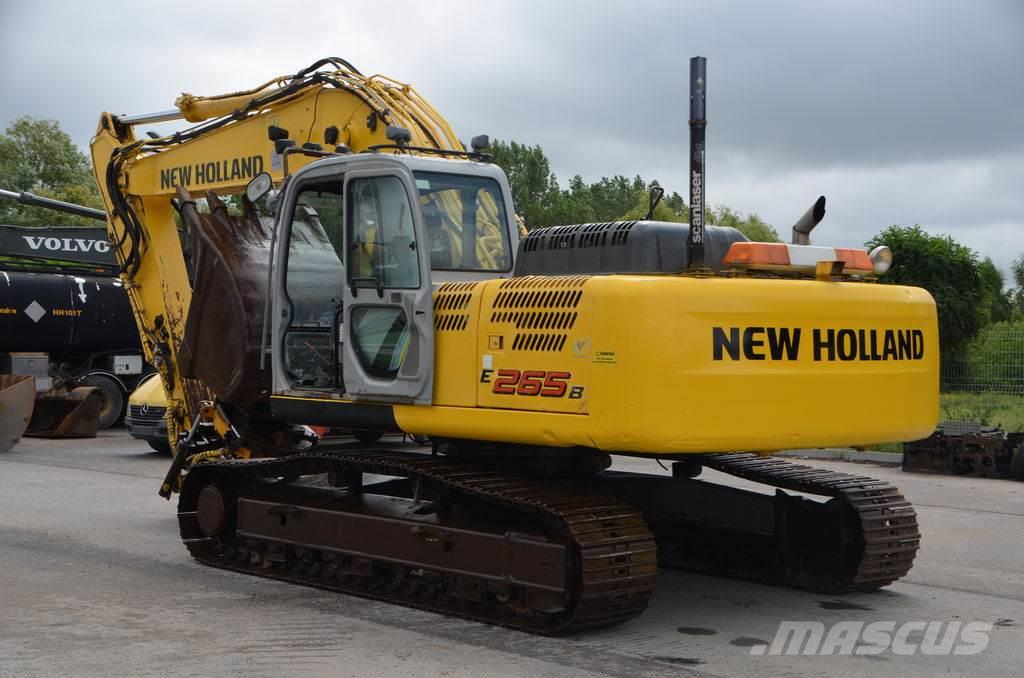 New Holland E 265 B