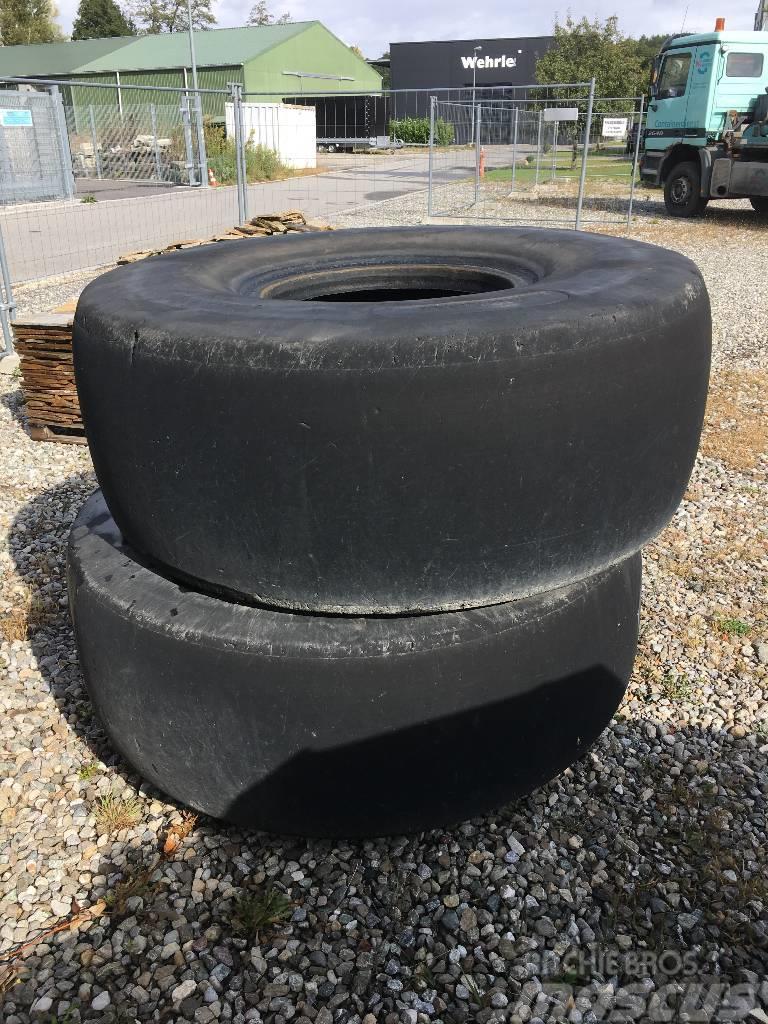 Michelin Recamax 23.5 R 25     Muldenkipper Dumper
