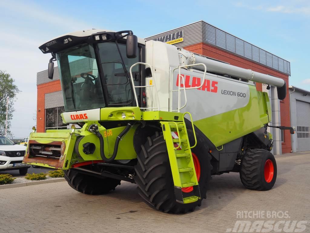 CLAAS Lexion 600 + V900