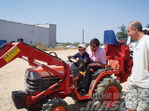 ΒΙΜ ΤΣ, 2015, Frontlastare och grävare
