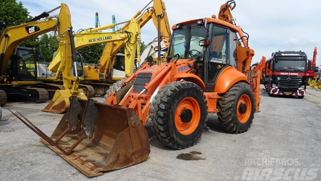 New Holland FB 200