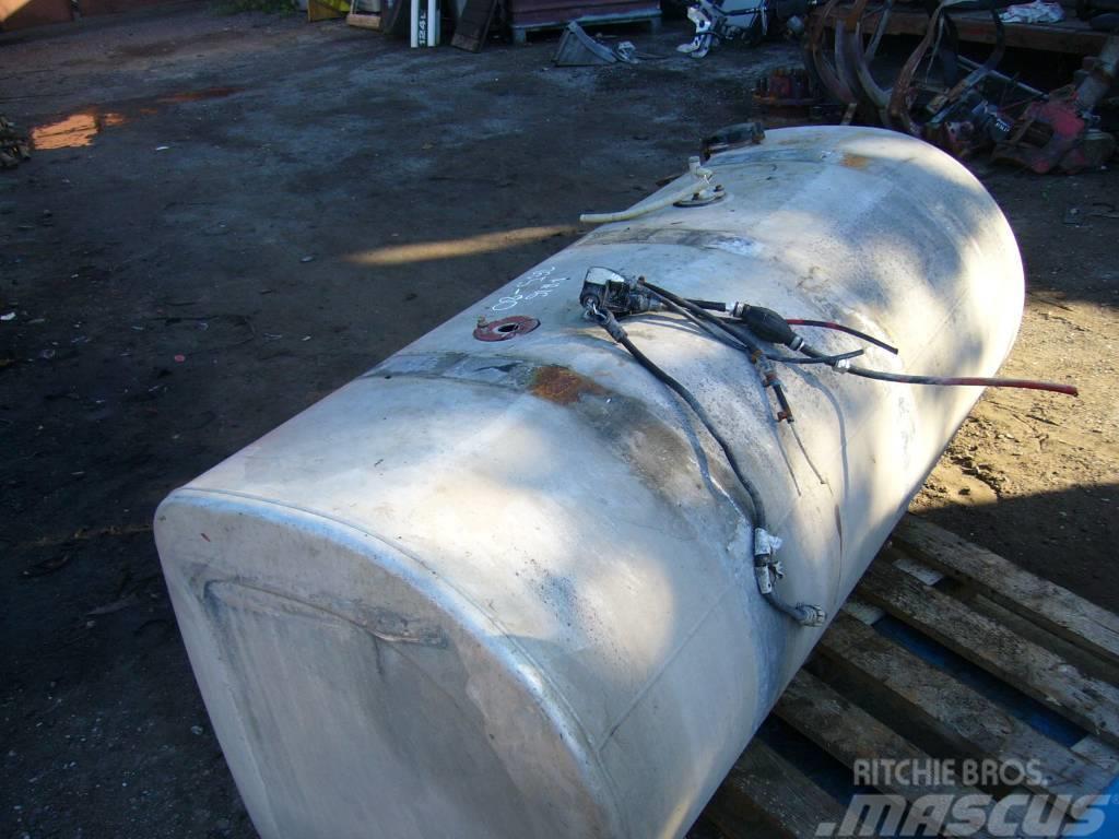 volvo fh16 fuel tank preis 400 baujahr 2004 chassis gebraucht kaufen und verkaufen bei. Black Bedroom Furniture Sets. Home Design Ideas